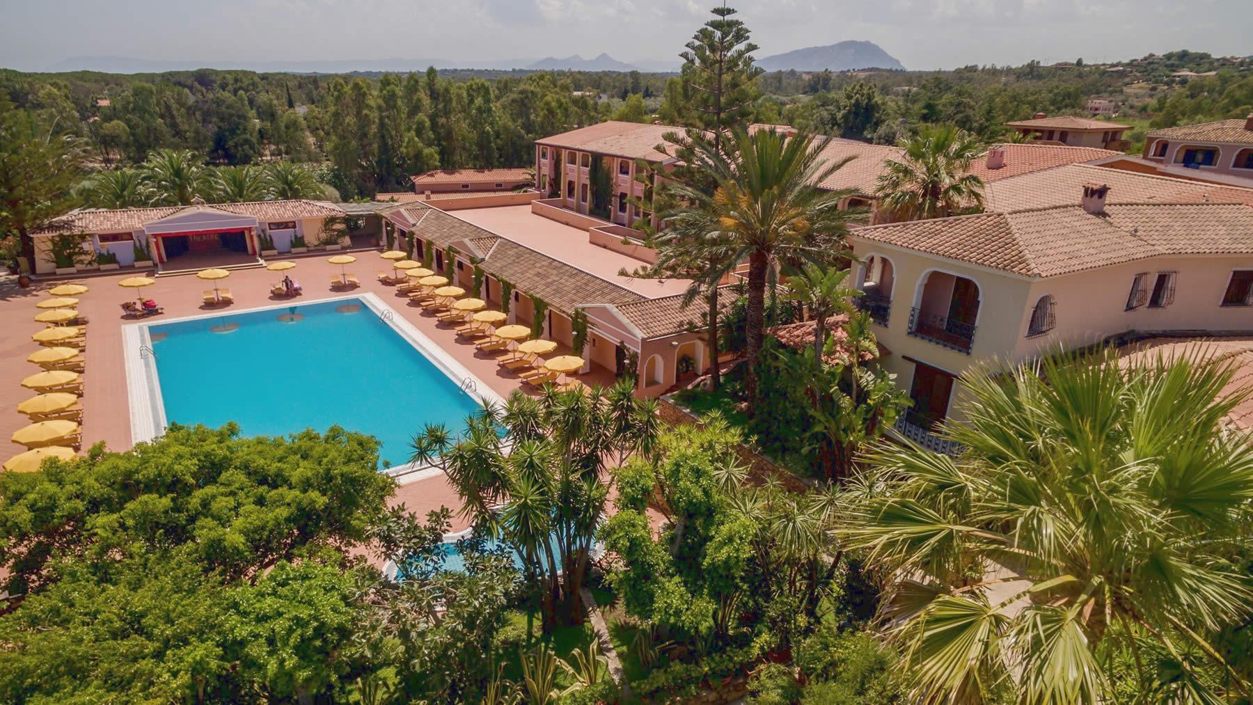 cala-ginepro-hotel-resort-esterni-5