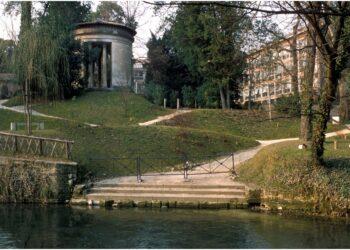 "Padova - Parco Treves : ""L"